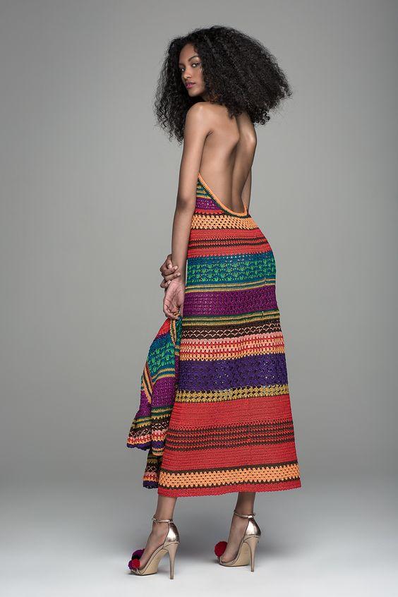 szydełkowa suknia z żakietem
