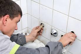 Thợ lắp đặt ống nước Quận 3