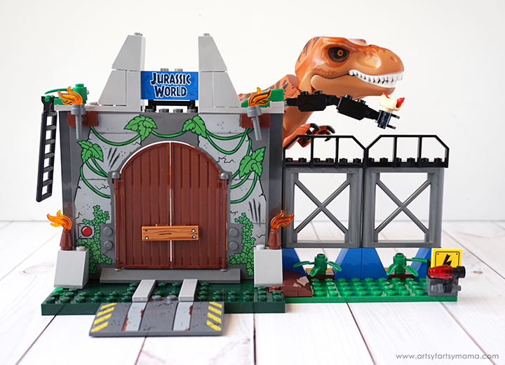 Kids will be ROARING with laughter with Free Printable Dinosaur Jokes inspired by LEGO Juniors Jurassic World set!