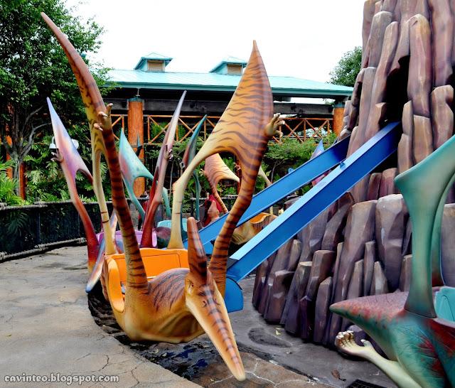 Entree Kibbles: Dino-Soarin' - A Kiddy Ride on the ...