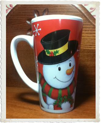 regali di natale, tazza con pupazzo di neve
