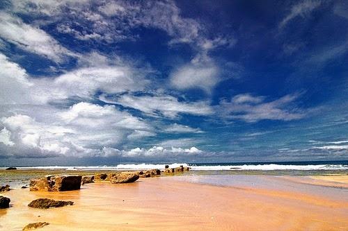 Berwisata ke Penangkaran Penyu di Pantai Ujung Genteng – Sukabumi