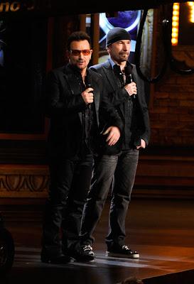 Bono y Edge en los Tony Awards 2011