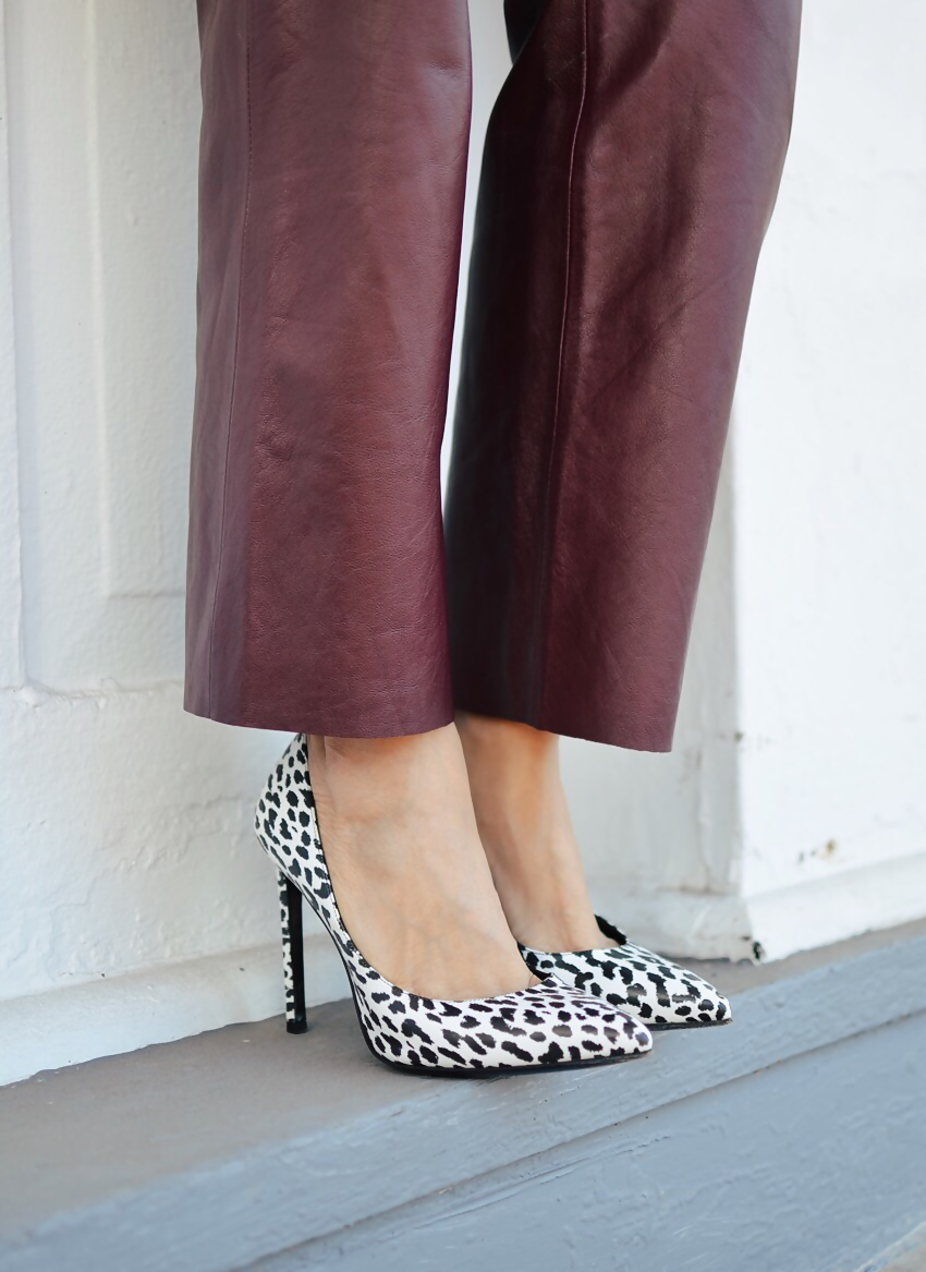 White leopard shoes street style