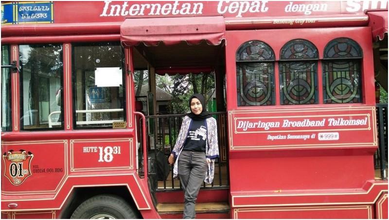 Bus Bandros di Bandung tetap menjadi primadona untuk berfoto
