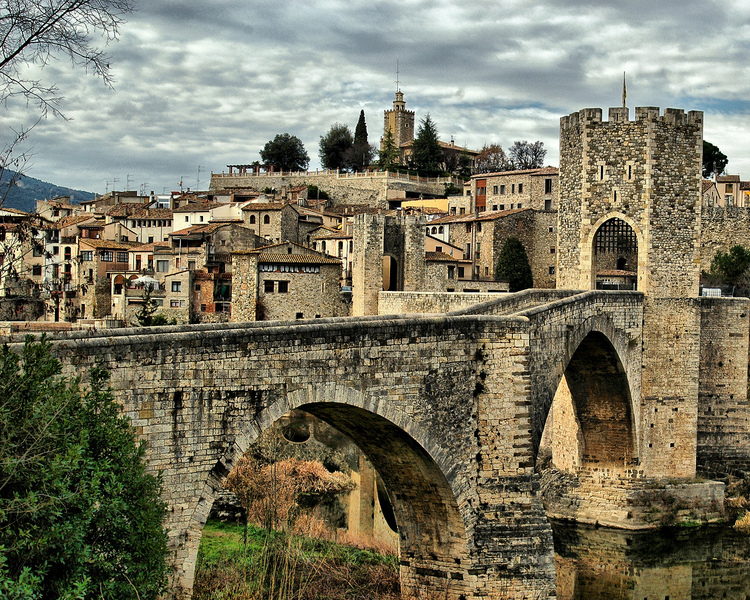 Mobile Wallpaper Cute Baby Catalonia Ancient City Most Beautiful Places In The