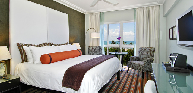 The Palms Hotel & Spa in Miami Beach combines genuine service, laid-back sophistication and oceanfront serenity into an award-winning independent Florida beach resort, where complete wellness and green practices are at the center of each guest experience.