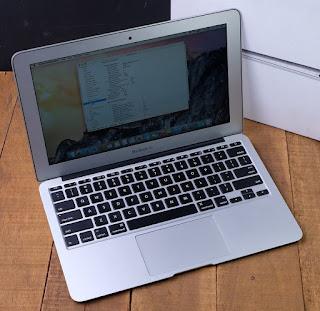 Macbook Air 11 Core I5 MD712ID/A