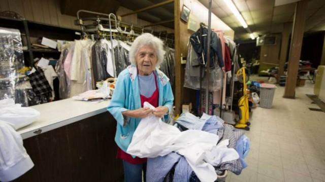 Felimina Rotundo, Nenek usia 100 tahun, masih bekerja, melebihi semangat pemuda
