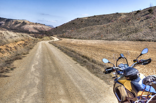 BMW F800 GS. Trail Forever. Camino del destierro.
