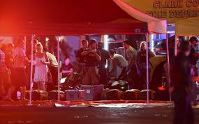 Tiroteio deixa pelo menos 50 mortos e 200 feridos próximo a resort e cassino em Las Vegas