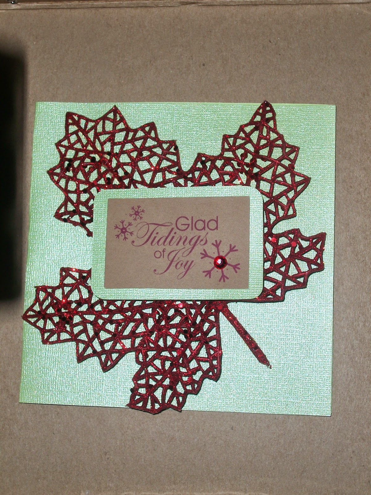 DIY: Glitter leaf stem Christmas Card