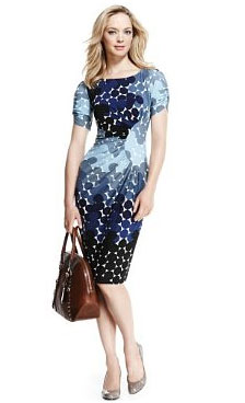 09f8590a1f0 Domestic Sluttery  Go Full Circle With a Magic Dress!