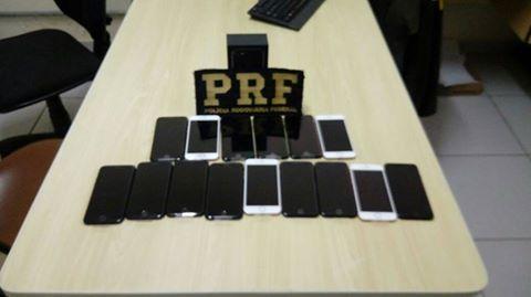 PRF apreende smartphones sem nota fiscal na BR-116, Régis Bittencourt em Miracatu