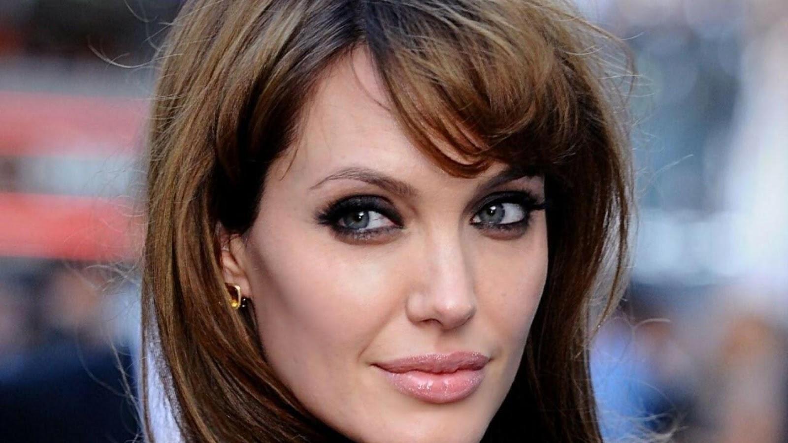 Sexo Con Angelina Jolie 119