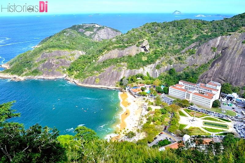 Praia Vermelha e ao fundo a Praia de Copacabana