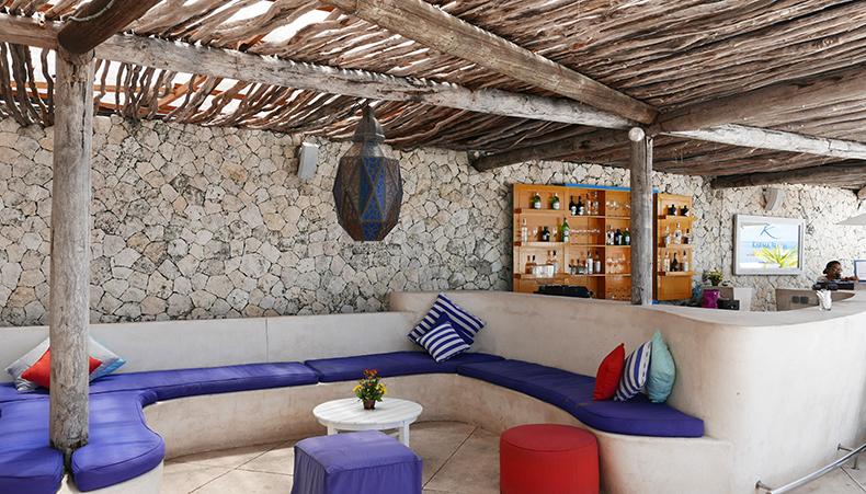 Euriental | fashion & luxury travel | Karma beach, Uluwatu, Bali