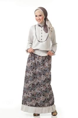 Baju batik muslim untuk ke kantor minimalis