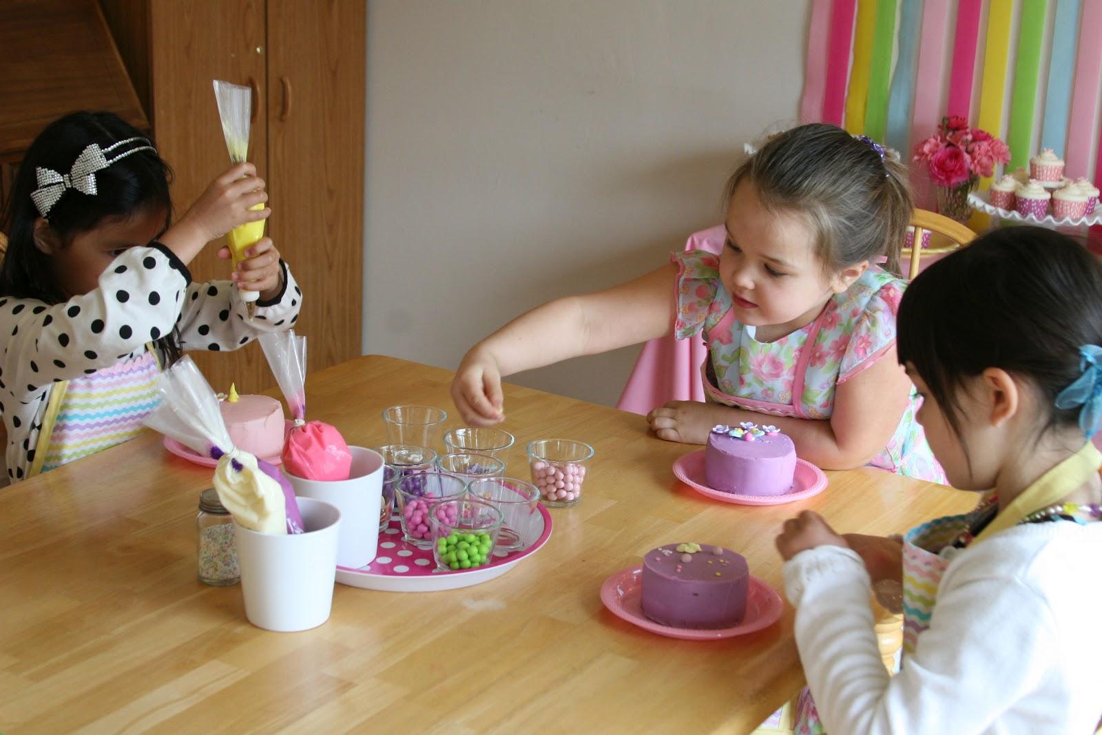 Graces Cake Decorating Party Glorious Treats