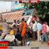 सड़क कोई सर्कस का मैदान नहीं: पगडंडी सी सड़क पर तेज रफ्तार दौड़ती ट्रक लील रही जिंदगानी