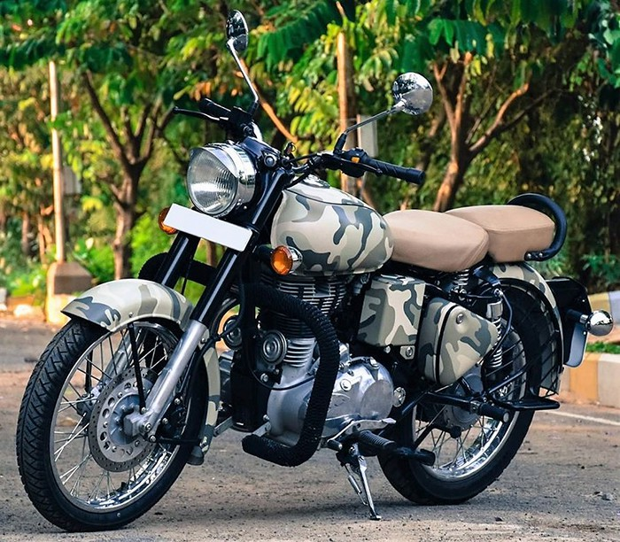 This Camouflage Wrap by SV Stickers on Royal Enfield Gives