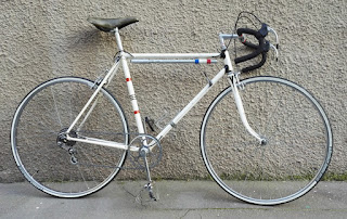 Vélo aux raccords BCM