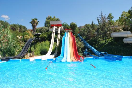 Parques aquáticos para crianças em Creta