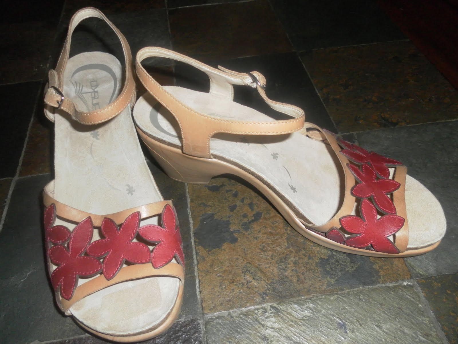 Dansko Shoes Jennersville Pa