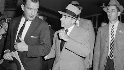 Researchers parsed 1940 United States Census data and FBI information to compare more than 700 mobsters with non-affiliated men from the same locals.