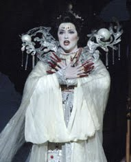 Lori Phillips is Turandot