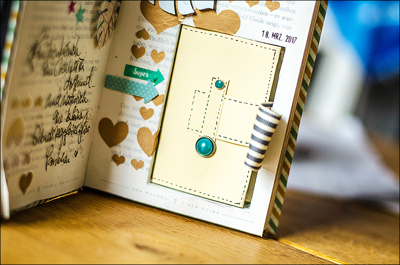 Stephanie Berger - Scrapbooking Minibook - Family