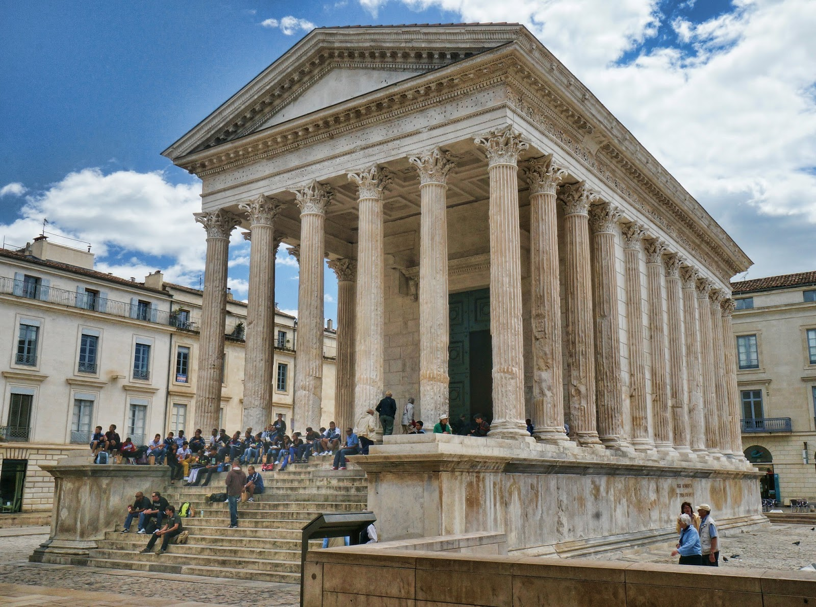 Famous Houses In Movies Roman Times Roman Remains Of Ancient Gaul Nimes Nemausus