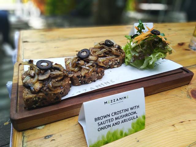 brown crostini Salah satu menu vegetarian di Mezzanine Jogja