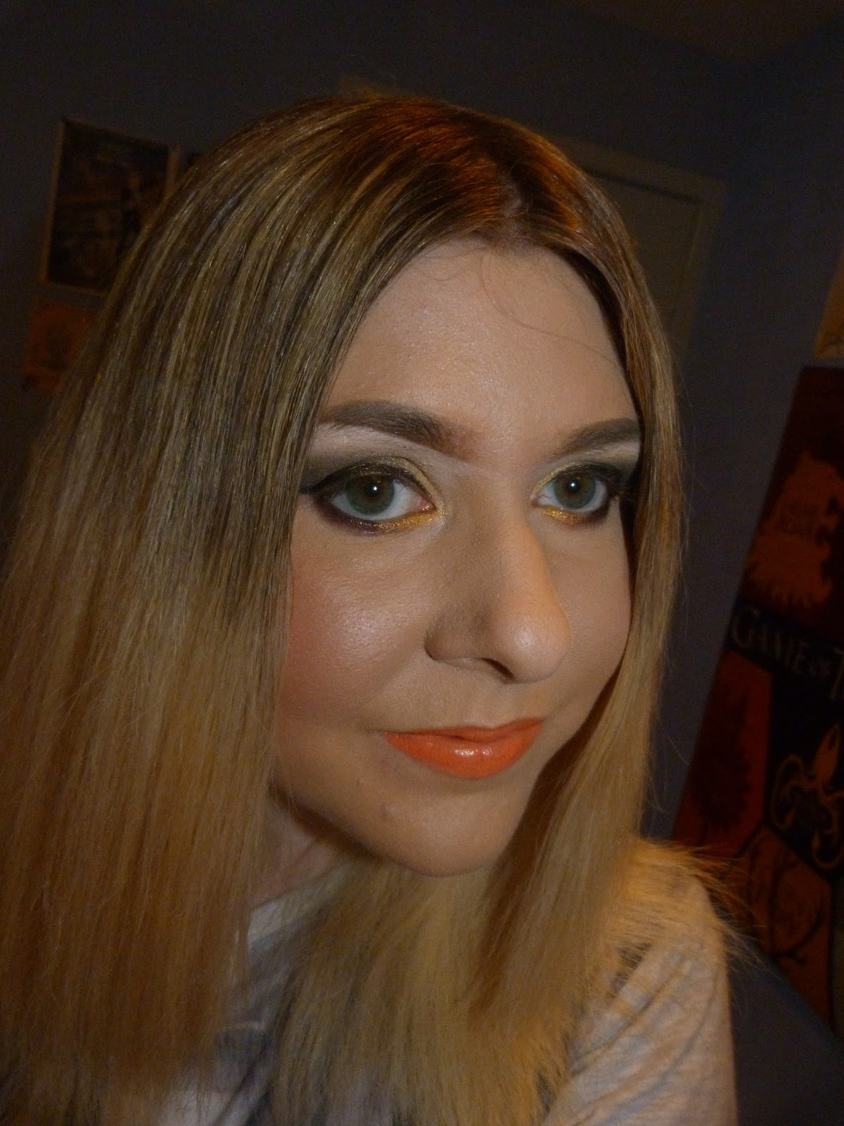 Makeup Junkie All About Mac Brushes Foundation: The Makeup Junkie's Diary: MAC Trolls Lipsticks