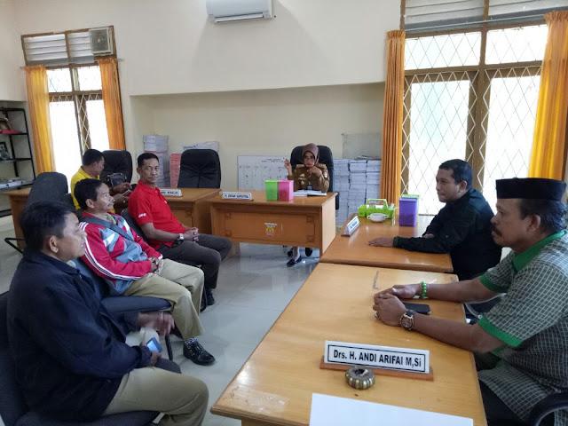 Pecat BPD dan Imam Desa, Kades Ugi Diadukan ke Dewan