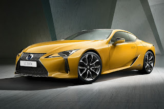 Lexus LC 500h Limited Edition (2018) Front Side