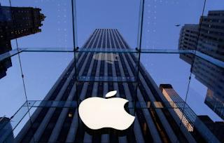 Apple Valued At $700bn As Shares Close At Record High
