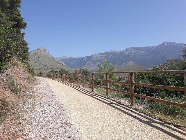 Calabria: da Castrovillari a Morano Calabro per il Cammino a passo lento