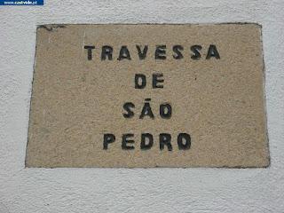 Travessa de São Pedro de Castelo de Vide, Portugal (Crossing)