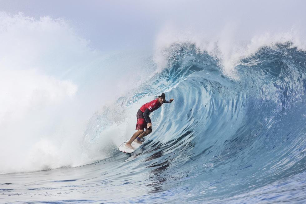 9 Gabriel Medina Billabong Pro Tahiti foto WSL Kelly Cestari