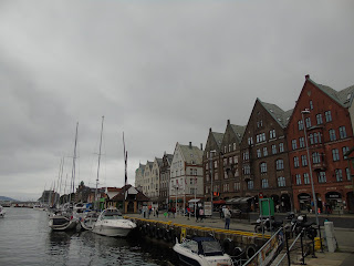 bergen puerto muelle bryggen