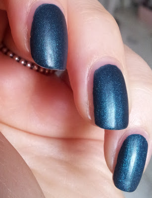 trend it up touch of satin nailpolish 010