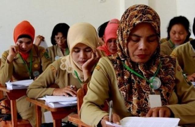 Daftar Besaran Gaji Guru Honorer Yang Akan Dianggarkan Diknas