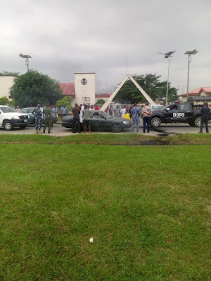 Akwa Ibom House Of Assembly Shuts Down After Unknown Persons Invade Premises