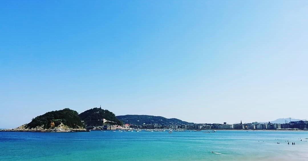 Un día en la playa de la Ondarreta, en la grandísima Concha de San Sebastián, Donostia, Euskadi