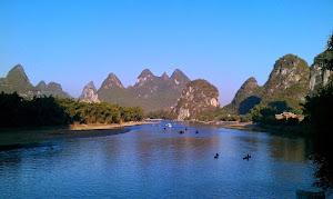 Keindahan Kota Etnis Yangshuo