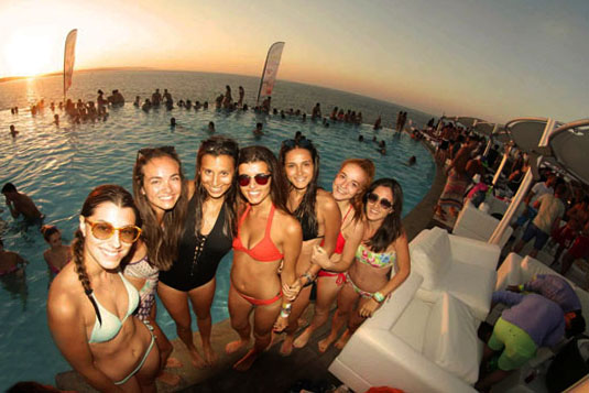 pool party malta 2019 cafe del mar