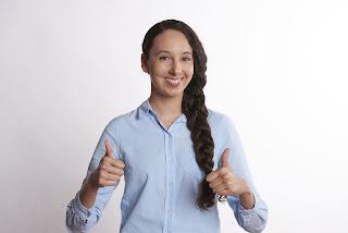 Tips dan Trik Berbicara di Depan Banyak Orang Tanpa Grogi