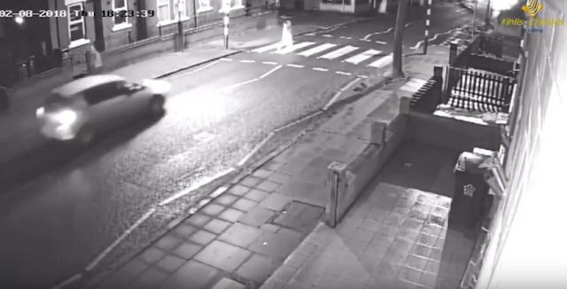 Τραγικό δυστύχημα: Αυτοκίνητο παρέσυρε και διαμέλισε άνδρα (προσοχή σκληρό βίντεο)