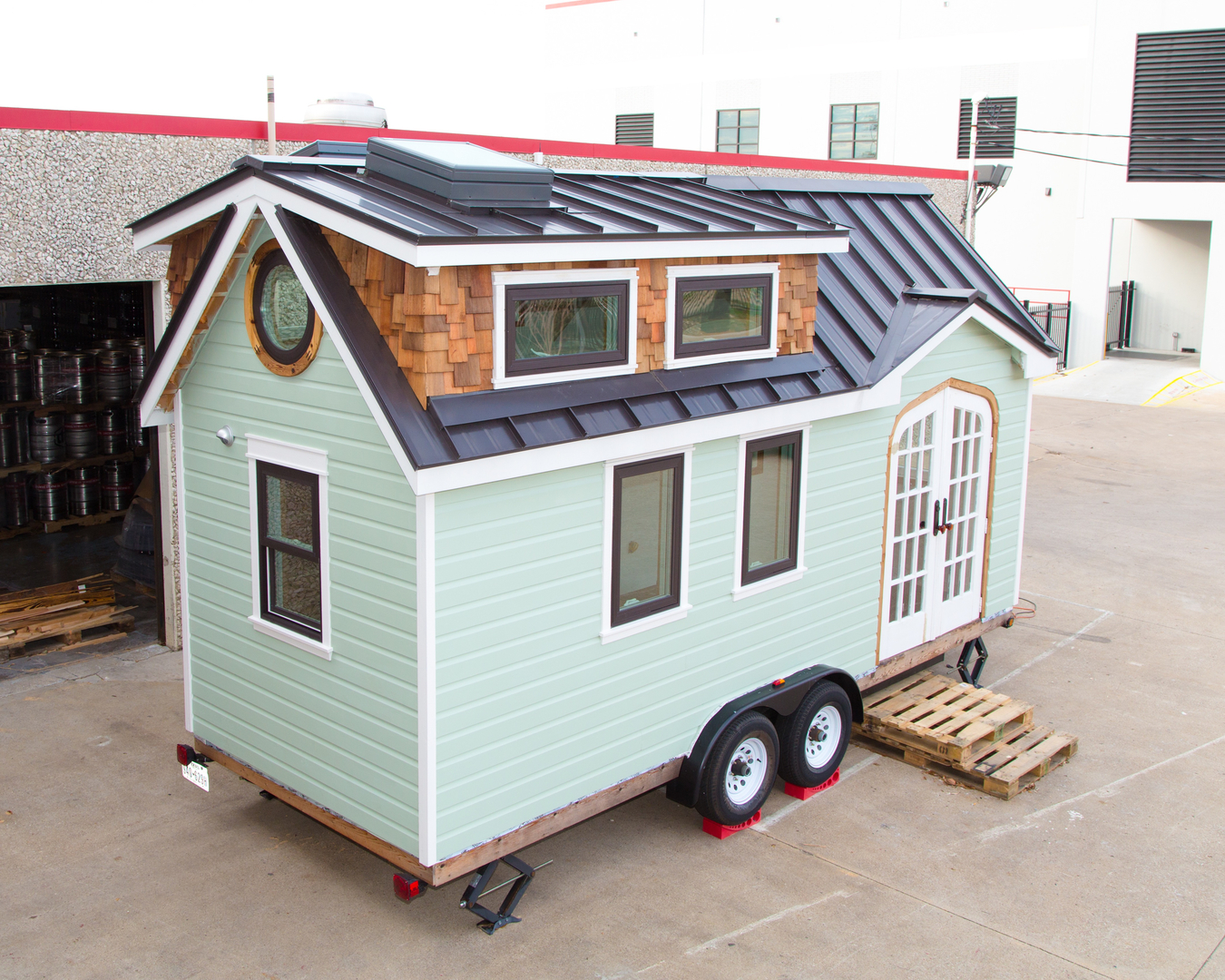 Tiny Home Designs: TINY HOUSE TOWN: The Best Little House In Texas